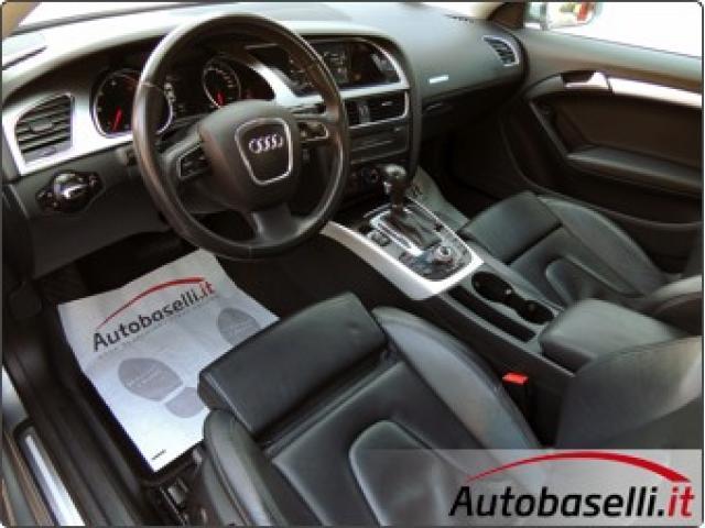 AUDI A5 3.0 TDI AMBITION QUATTRO S-TRONIC 240 CV Cambio automatico + Pad al volante + Navigatore + P