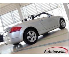 AUDI TT ROADSTER 1.8 T 150 CV Interni in pelle + Sedili riscaldabili + Climatizzatore automatico + R