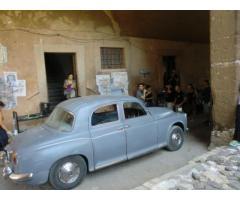 AUTO D'EPOCA ROVER 1962 SEDILI IN PELLE  CRUSCOTTO DI RADICA