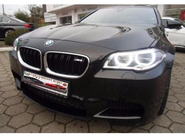 BMW M5 Camera BMW M5 DKG TESTA SU EDC