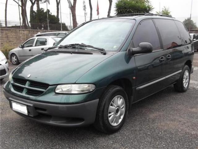 Chrysler Voyager 2000 gpl 7 posti