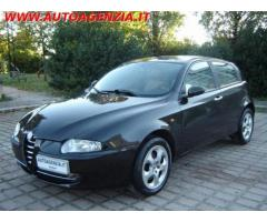 ALFA ROMEO 147 1.9 JTD 16V cat 5 porte Distinctive rif. 7196704