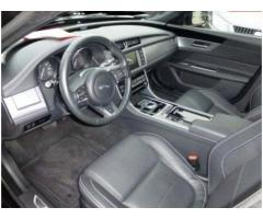JAGUAR XF 2.0d 180 CV R-Sport Automatico FULL OPTIONAL rif. 7051757