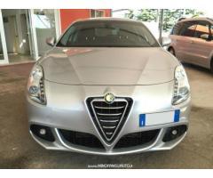 Alfa Romeo Giulietta 1.6 JTDm-2 DNA Distinctive 105 CV