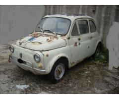 Auto d'epoca Fiat 500L