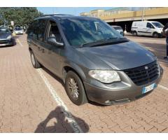 crysler voyager 2.8crd pelle totale automatico 2006