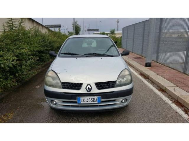 Renault Clio 1200cc 44kw clima servosterzo 2003