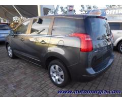 PEUGEOT 5008 1.6BlueHDi 120 S&S Business