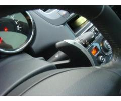 PEUGEOT 5008 1.6 HDi 112CV Autom. Nav+Tetto Tecno