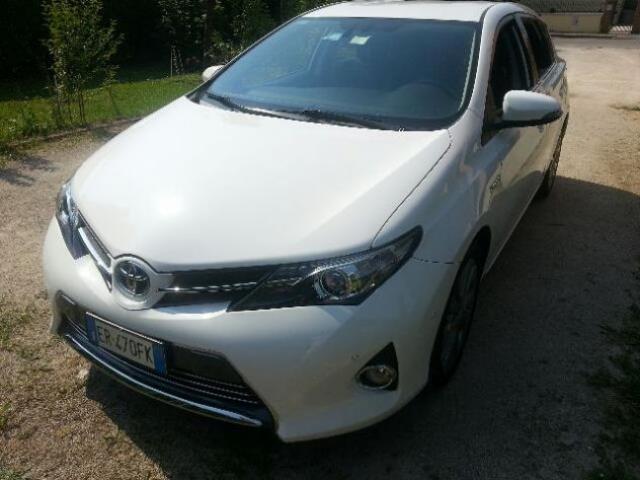 Toyota Auris 1.8 Hybrid 5 porte Lounge