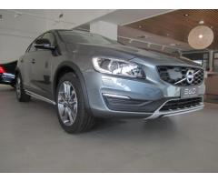 Volvo S60 Cross Country D3 Geartronic Momentum