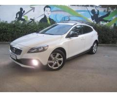 Volvo V40 Cross Country D2 120 CV Business