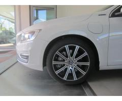 Volvo V60 D6 Twin Engine Geartronic Summum