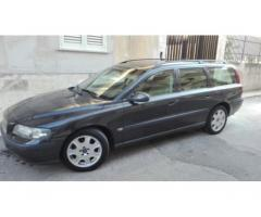 Volvo V70 D5 station wagon