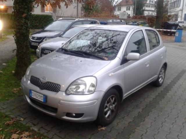 Yaris 1000 5p Metano