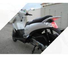 Scarabeo 300