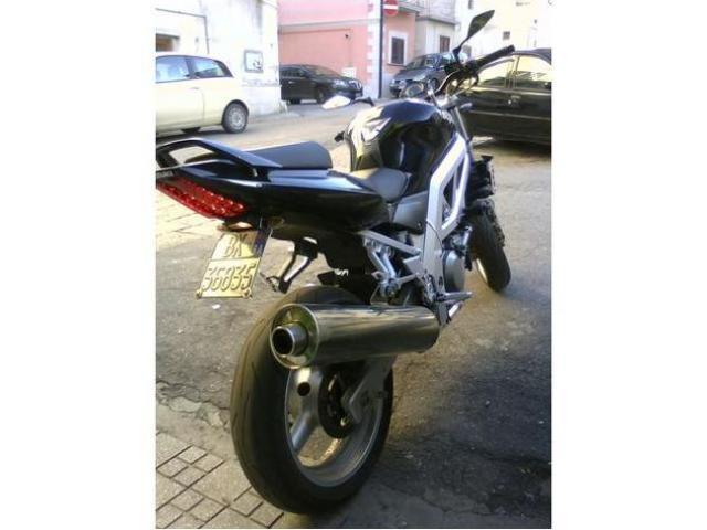 SUZUKI SV Naked cc 650
