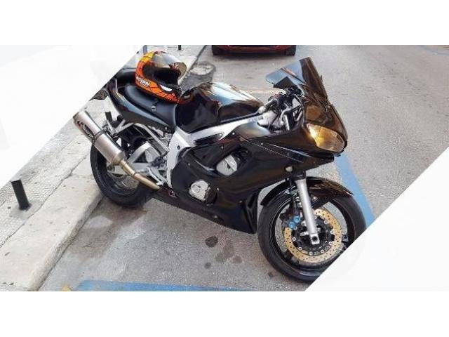 Yamaha R6 in perfette condizioni