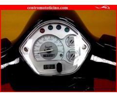 VESPA GTS 300 Nero metal. - 18556 km.
