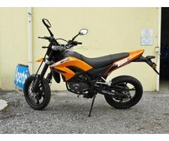 TW 125 cc Super Motard - NUOVO marca KSR moto Austria