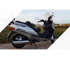 Suzuki Burgman 400 - 2001