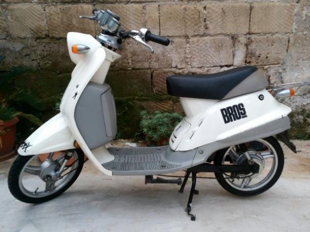 scooter elettrico no assicurazione batteria nuova