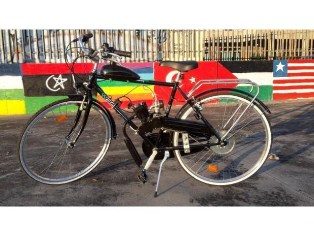 Bicicletta a motore a scoppio