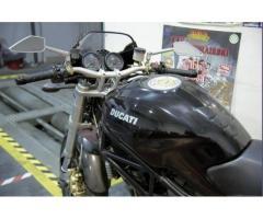 DUCATI Monster 1000 DS -(992 cc.-solo 11.000 km.)