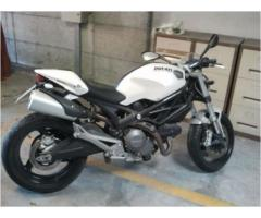 DUCATI  Monster tipo veicolo Naked cc 696