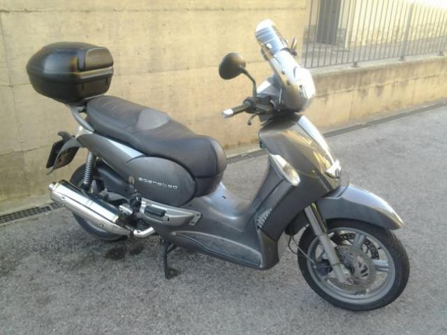APRILIA SCARABEO 500
