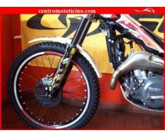 BETAMOTOR Evo 300 2T rosso-bianco - 3000