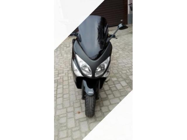 Yamaha T max akrapovic