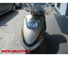 HONDA Integra YAMAHA  SCOOTER  125  FLAME