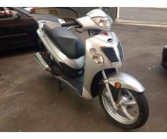 Scooter 150 come nuovo. Asta libera. Offerta minima 690 €