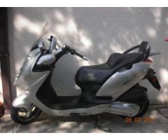 vendo scooter Kymco 250