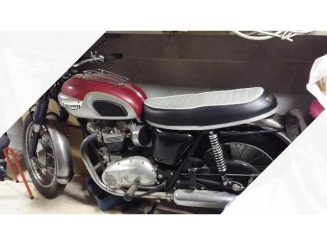 Triumph Bonneville T120 Anni 60 iscrizione asi