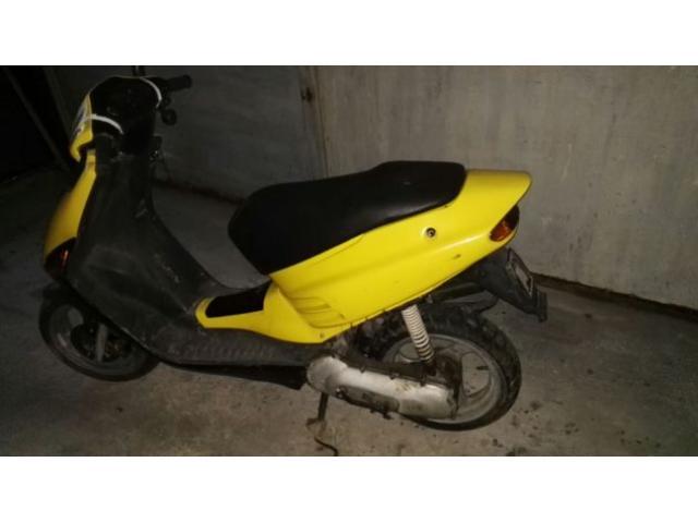 Vendo scooter aprilia rs 50