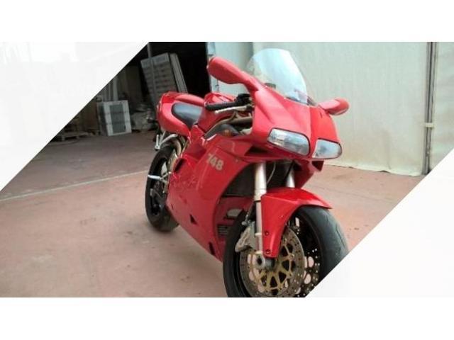 Ducati 748 - 2000
