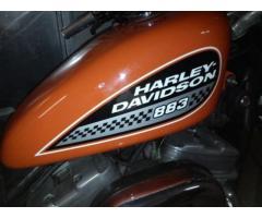Harley-Davidson 883