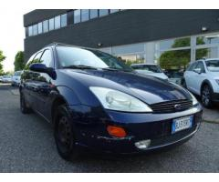 FORD Focus 1.6i 16v cat SW Ambiente