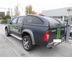 Isuzu D-Max 3.0 TD cat Crew Cab 4WD Pup. LS Aut. EU4 AUTOCARRO