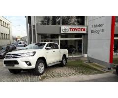 TOYOTA Hilux CONFORT