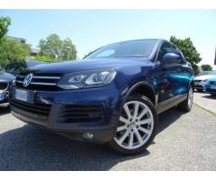 VOLKSWAGEN Touareg 3.0 TDI 245 CV tiptronic BlueMotion Technology