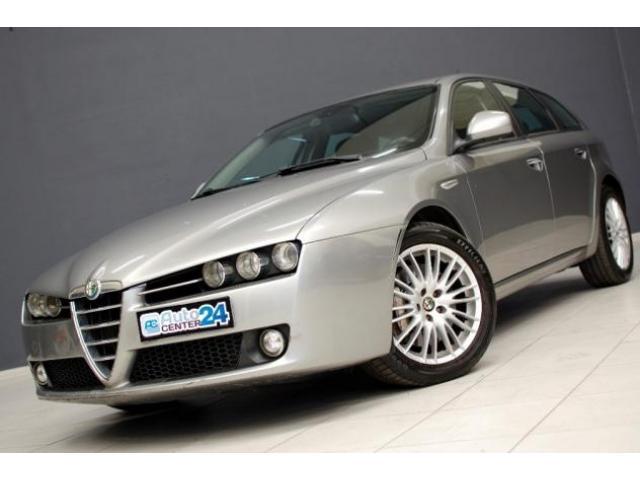 ALFA ROMEO 159 2.4 JTDm 20V 210 CV Q4 Sportwagon Distinctive