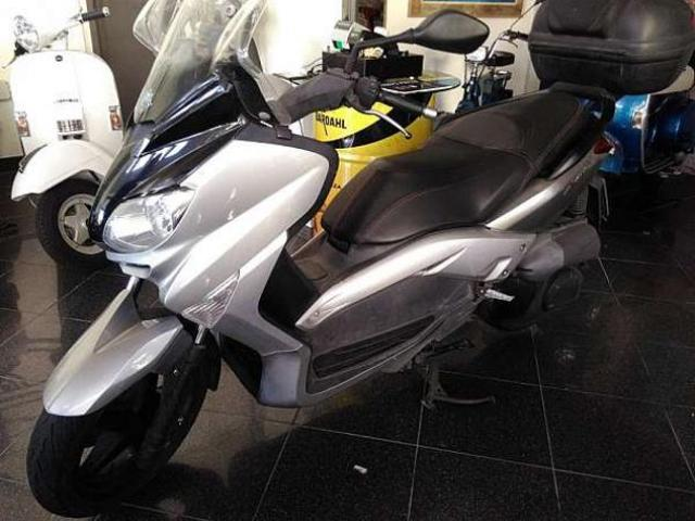 Yamaha X-MAX 250 - Km. 33000, Euro 2500