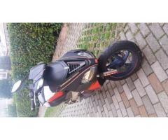 VENDO SCOOTER APRILIA SR