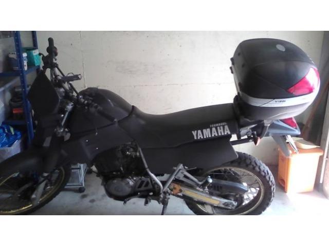 VENDO O SCAMBIO CON SCOOTER 50 cc YAMAHA XT 600