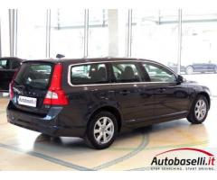 VOLVO V70 2.0 D3 ''MOMENTUM'' GEARTRONIC
