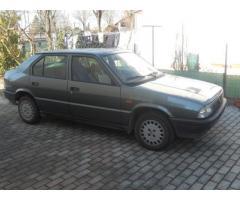 Auto d'epoca - Alfa 33 berlina