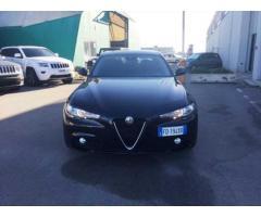 Alfa Romeo Giulia 2.2 Turbo Diesel 150 Cv Business Launch Edition